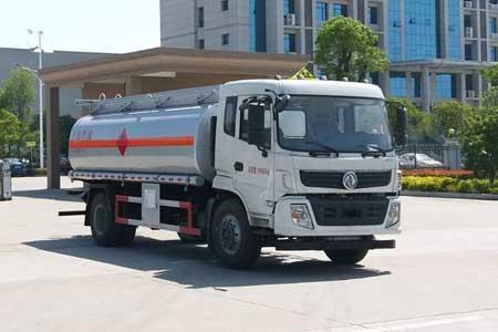 16.8方专威牌HTW5180GYYERQ型运油车