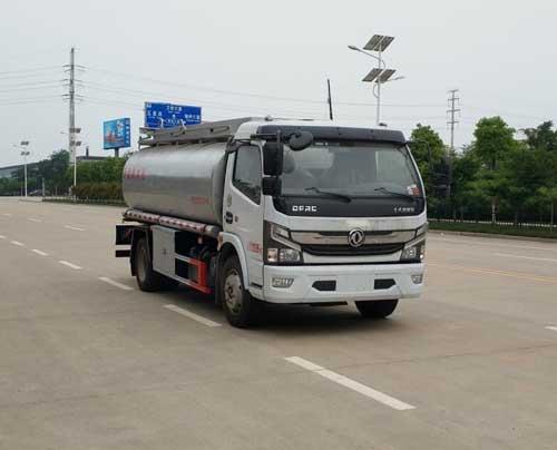 国六万博网页版登录首页D7普通液体运输车