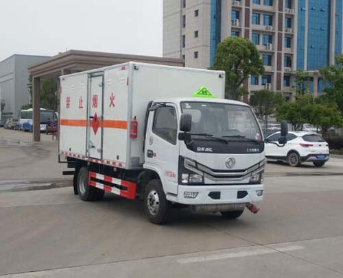 国六万博网页版登录首页多利卡d6易燃气体厢式运输车