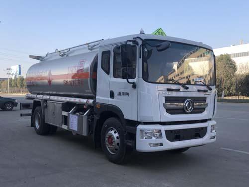 专威牌HTW5185GYYLEQ6型铝合金运油车